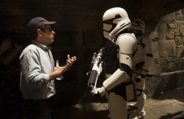 star-wars-episode-7-force-awakens-plot-spoilers_0