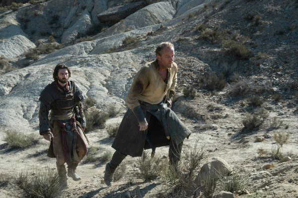 460248-daario-naharis-and-jorah-mormont-in-game-of-thrones-season-6-episode-4-book-of-the-stranger-resize