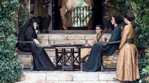 game_of_thrones_s06e10_olenna_ellaria1