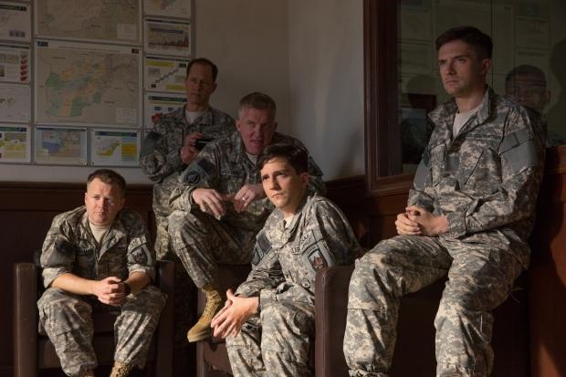 Netflix發放原創電影《戰爭機器》最新預告片及劇照-由著名影星Brad-Pitt主演及監製4