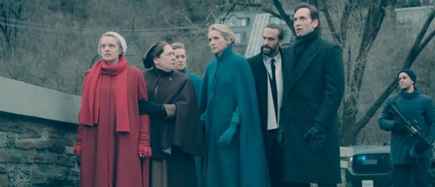 Los colores de la vestimenta en The Handmaid's Tale tienen un significado