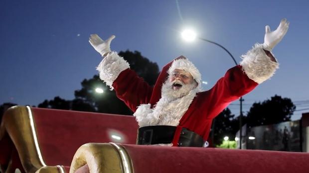 t_1540502427796_name_Todo_el_a_o_es_Navidad___Trailer_00_01_41_02_Imagen_fija007.jpg